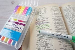 Bible dry highlighters on Psalm 37